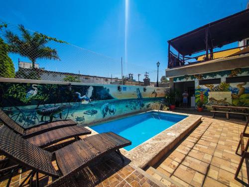 . Hostelito Chetumal Hotel + Hostal
