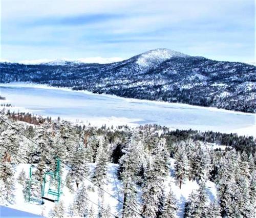 Snow Lake Lodge - Accommodation - Big Bear Lake