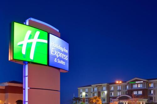 Holiday Inn Express & Suites Las Vegas Sw Springvalley, An Ihg Hotel - Photo 8 of 28