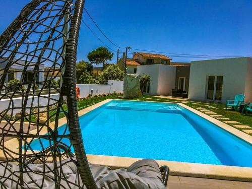 House with 3 bedrooms in Atalaia with shared pool enclosed garden and WiFi 3 km from the beach