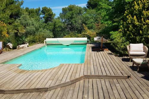 Appartement d'une chambre a Grambois avec piscine partagee jardin clos et WiFi - Location saisonnière - Grambois