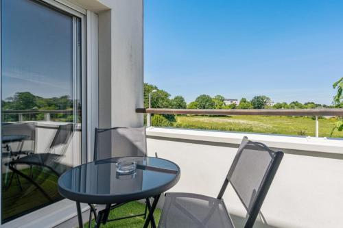 Nice flat w balcony and garage in Vannes 5 min to the beach - Welkeys - Location saisonnière - Vannes