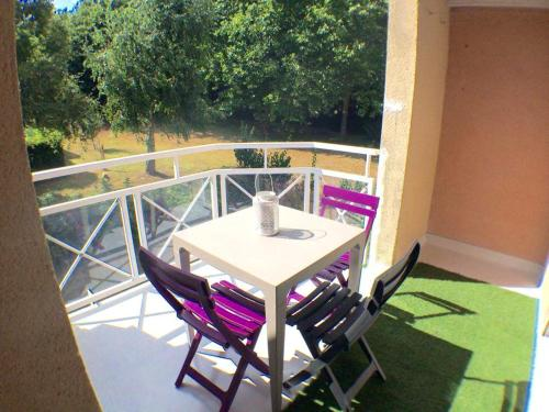 . Apartment with one bedroom in Vannes with furnished balcony 5 km from the beach