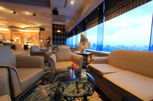 Golden Tulip Sovereign Hotel Bangkok photo 53