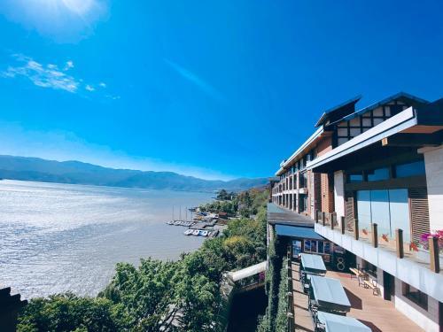 __{offers.Best_flights}__ Xichang Qionghai Saibo House Hotel