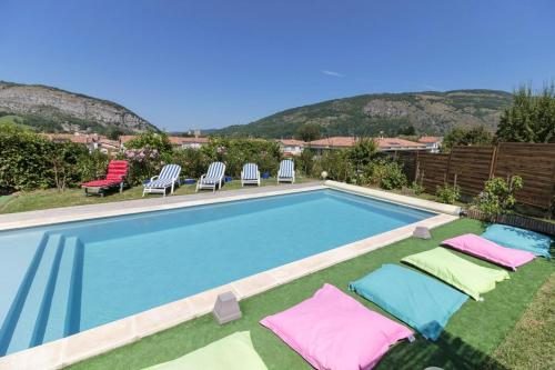 . Villa with 4 bedrooms in Foix with wonderful mountain view private pool enclosed garden
