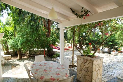 . Apartment with 2 bedrooms in Torre Guaceto with enclosed garden