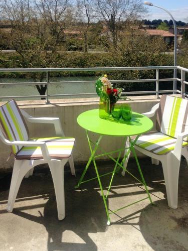 Appartement de 2 chambres a Carcassonne avec terrasse amenagee a 55 km de la plage - Location saisonnière - Carcassonne
