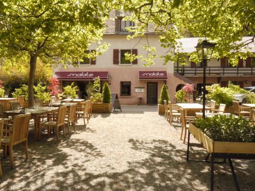 Hotel au Fil de L'Eau - La Malate - Hôtel - Besançon