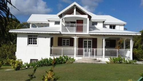 Appartement de 2 chambres a Petit Canal avec balcon et WiFi a 4 km de la plage - Location saisonnière - Petit-Canal