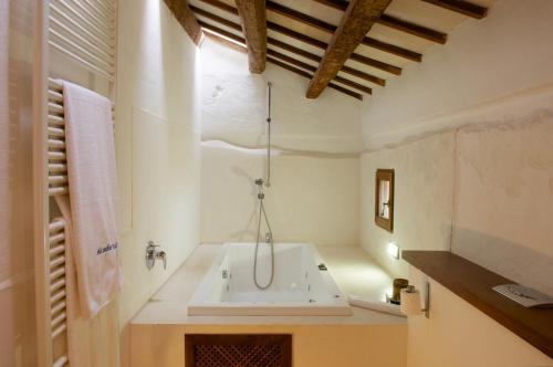Double or Twin Room Alcaufar Vell Hotel Rural & Restaurant 19