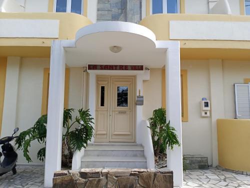 . La Santre Villa