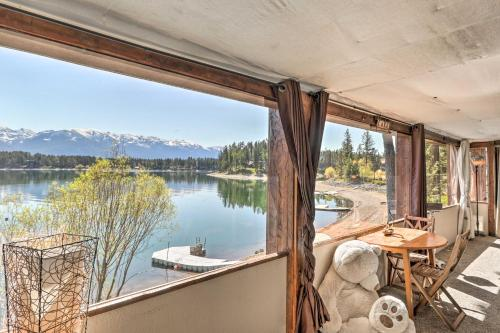 Luxe Lakefront Haven with Mountain Views and Dock - Apartment - Bigfork