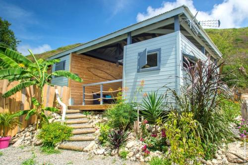 . Bungalow with one bedroom in Capesterre de Marie Galante with wonderful sea view furnished terrace and WiFi 300 m from the beach