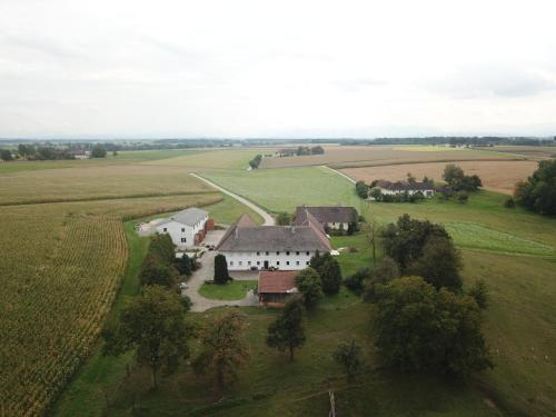 Wohnung & Zimmer am Land, 4641 Eggenstorf