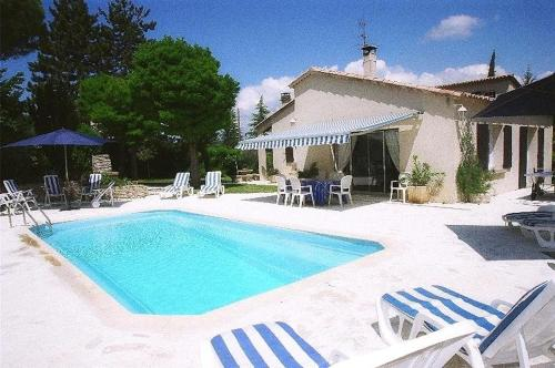 Villa with 3 bedrooms in Cereste with private pool enclosed garden and WiFi 50 km from the slopes