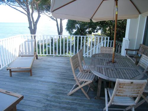 House with 4 bedrooms in SanMartinodiLota with wonderful sea view terrace and WiFi 1 m from the beach