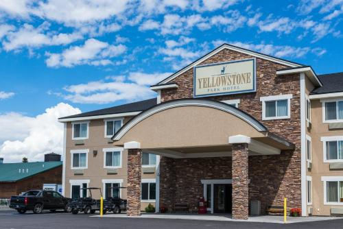 Yellowstone Park Hotel - West Yellowstone, MT 59758