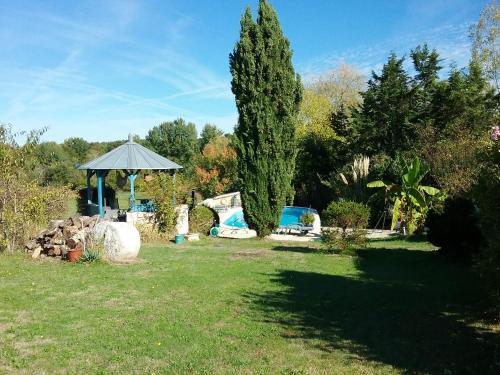 . Villa de 3 chambres a Bosset avec piscine partagee terrasse amenagee et WiFi