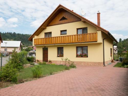 . Žltý Dom
