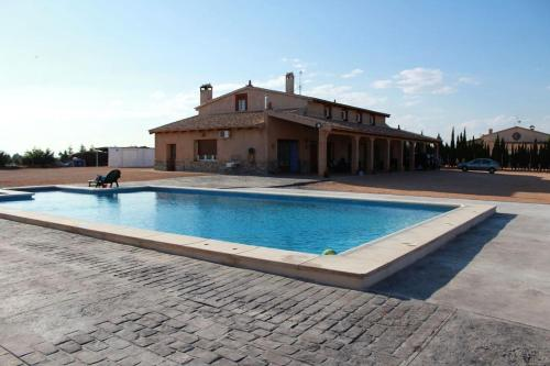 . Villa with 4 bedrooms in Villarrobledo with private pool furnished terrace and WiFi