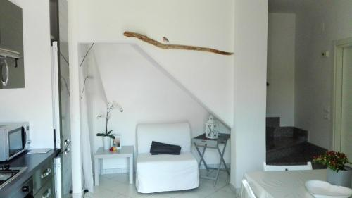 . Apartment with one bedroom in Ortona with wonderful sea view furnished garden and WiFi 1 km from the beach