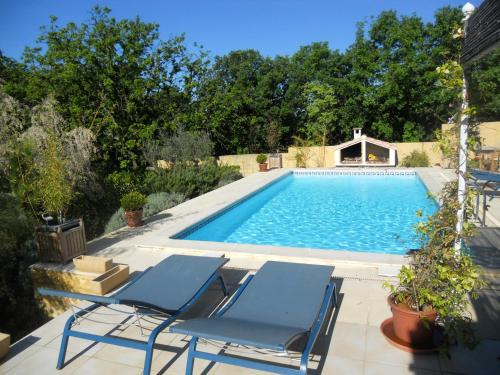Villa with 4 bedrooms in SainteAnastasie with private pool enclosed garden and WiFi 40 km from the beach