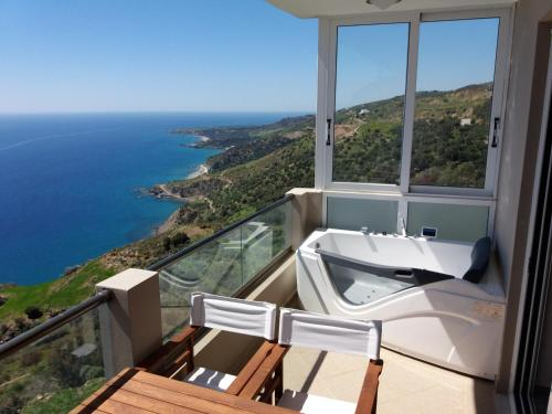 . Apartment with 2 bedrooms in Rodakino Rethymnon with wonderful sea view shared pool terrace 3 km from the beach