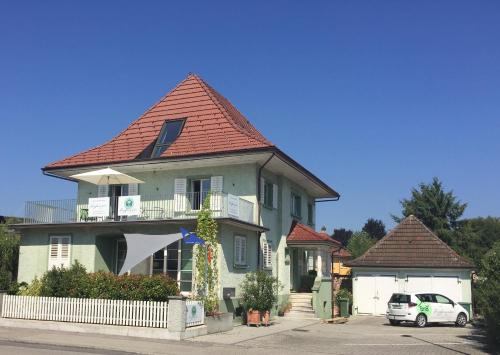 Bed and Breakfast Hopfengrün - Accommodation - Langenthal