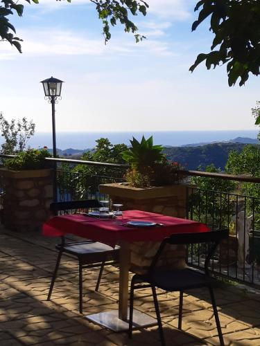 . Studio in Badolato with wonderful sea view shared pool furnished terrace