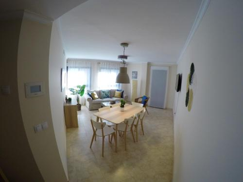 . Apartment with 3 bedrooms in Oliva, with wonderful city view, balcony and WiFi - 3 km from the beach