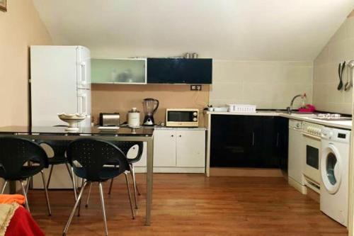 . Apartment with 2 bedrooms in Valdovino with terrace and WiFi