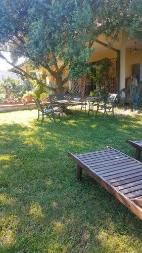 . Apartment with 2 bedrooms in San Mauro Pascoli with wonderful lake view enclosed garden and WiFi 3 km from the beach