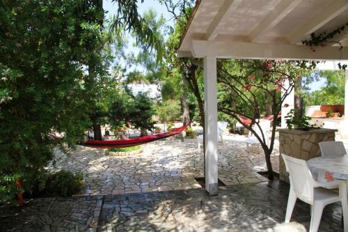 . Apartment with 2 bedrooms in Torre Guaceto with enclosed garden 2 km from the beach