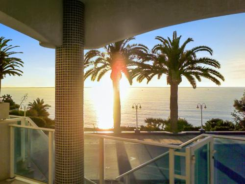 . Apartment with 2 bedrooms in Alcanar with wonderful sea view shared pool and furnished garden 250 km from the slopes