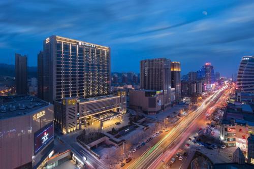 . HUALUXE Hotels & Resorts Zhangjiakou, an IHG hotel