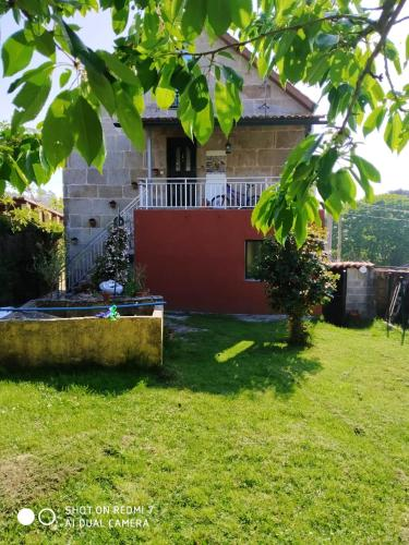 House with 3 bedrooms in Pontevedra with enclosed garden 3 km from the beach
