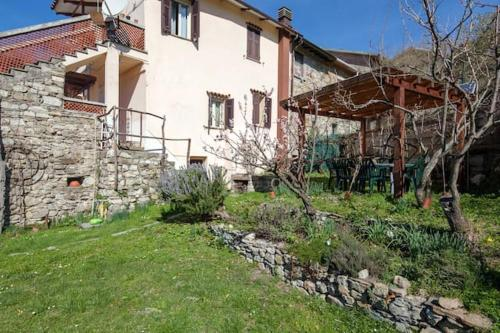 . Apartment with one bedroom in Villa di Sotto with wonderful mountain view enclosed garden and WiFi 25 km from the slopes
