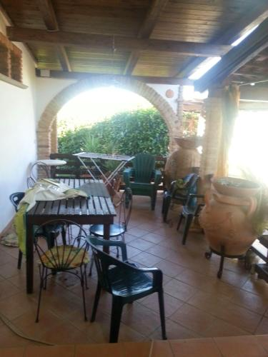 . Studio in Petrosa with enclosed garden and WiFi 5 km from the beach
