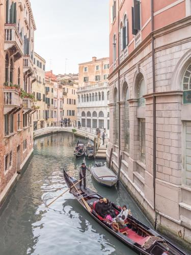 Ca´ San Marco Canal View in Venedig