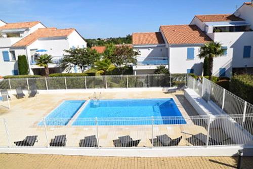 . Maison de 2 chambres a Vaux sur Mer avec piscine partagee jardin clos et WiFi a 900 m de la plage