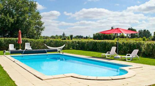 . House with 2 bedrooms in Brux with shared pool enclosed garden and WiFi 100 km from the beach