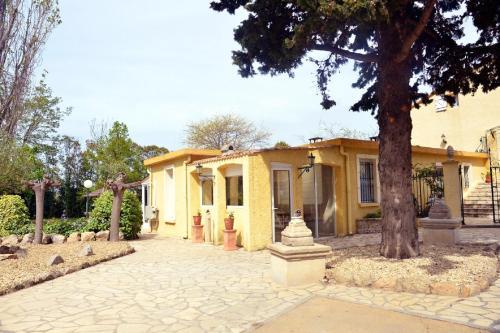 Maison de 2 chambres a Beziers avec piscine partagee jardin amenage et WiFi a 12 km de la plage - Location saisonnière - Béziers