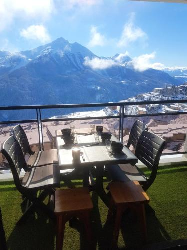. Apartment with one bedroom in Orcieres with wonderful mountain view and furnished terrace