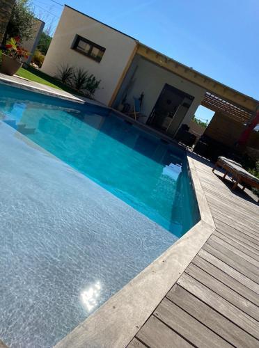 le pool house - Chambre d'hôtes - Nîmes