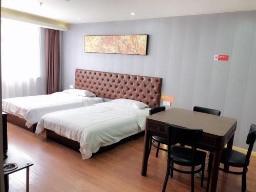 JUN Hotels Shanghai Qingpu District Guozhan Fengzhong Road Store