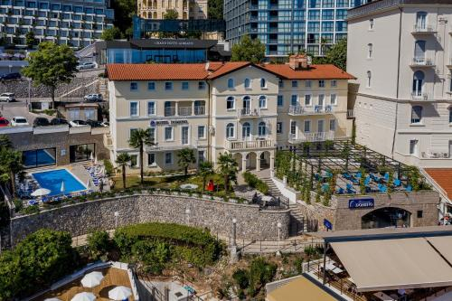 Hotel Domino, 51410 Opatija