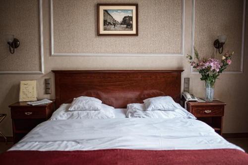 Room #8717022