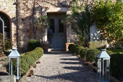238 Chemin de Font Neuve, 06250 Mougins, France.