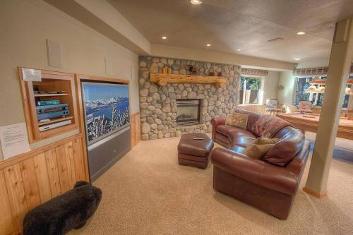 Getting Away Together by Lake Tahoe Accommodations Main image 2